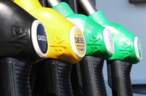 Carburanti, ancora rincari