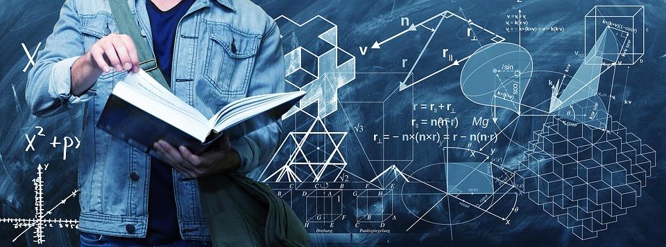 libro e formule matematiche
