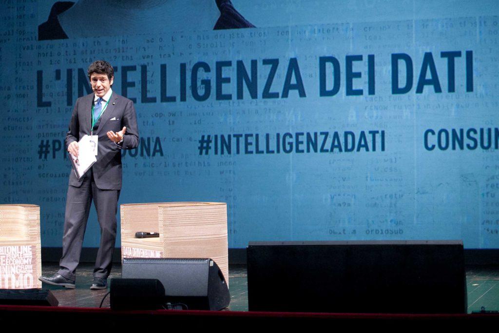 massimiliano dona al premio del 2018