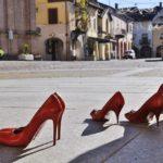 scarpe rosse simbolo violenza contro le donne