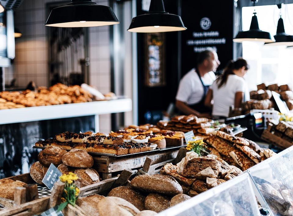 Istat: vendite al dettaglio in aumento, con particolare riguardo ai beni non alimentari