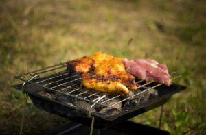 Pasqua e Coronavirus, il barbecue si fa in casa