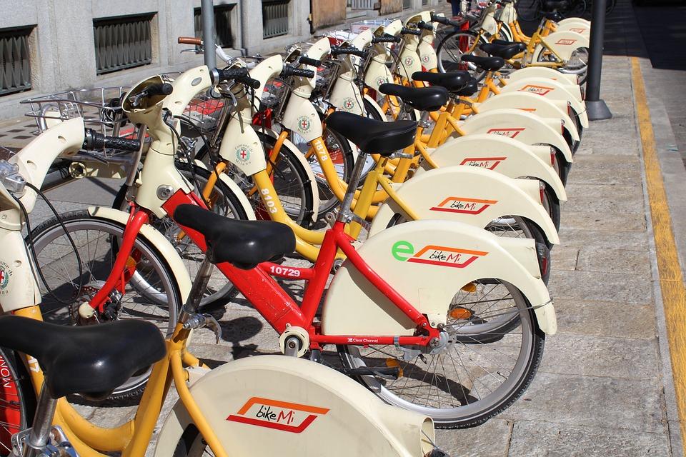 Bike sharing, costi e qualità dei servizi. L'indagine di Altroconsumo