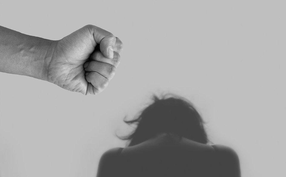 Violenza domestica, le chiamate al 1522 sono più che raddoppiate durante la pandemia