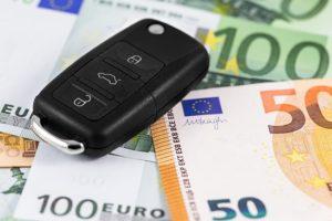 Rc auto, ad aprile premi di nuovo in calo (Fonte: Facile.it)