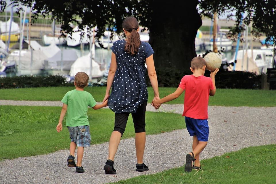 Istat: cittadini soddisfatti ma per una famiglia su tre peggiora la situazione economica