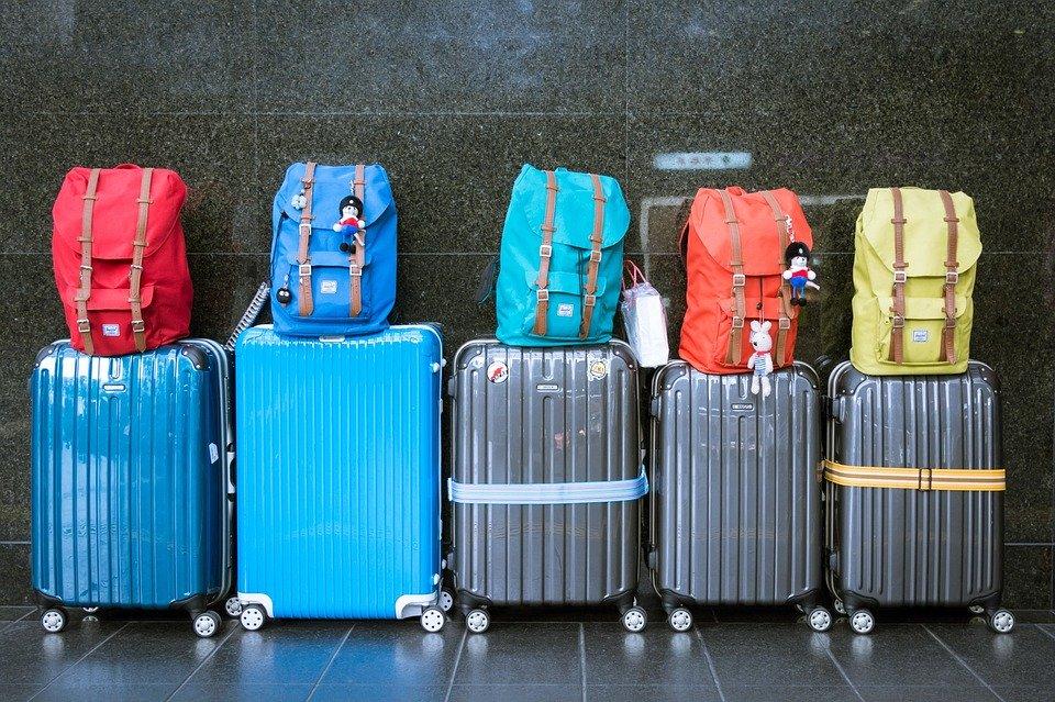 Bagagli a mano, Enac: vietato l'uso delle cappelliere a bordo degli aerei