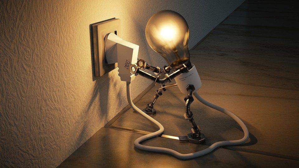 Risparmio energetico, l'indagine di Altroconsumo sulle abitudini degli italiani