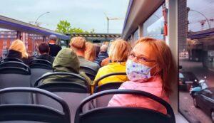 viaggio bus con mascherina
