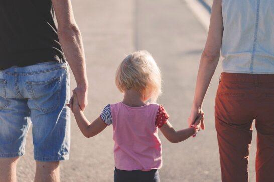 """Maltrattamento all'infanzia, Cesvi presenta il report """"Restituire il futuro"""""""