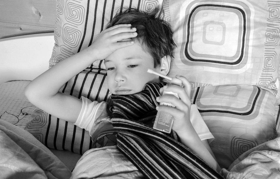 bambino raffreddato