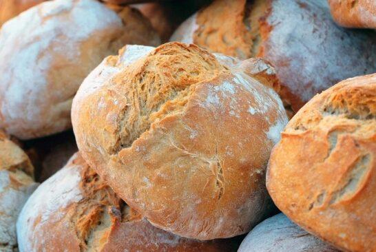 Gli italiani, la pandemia e il consumo di pane: novità e tendenze