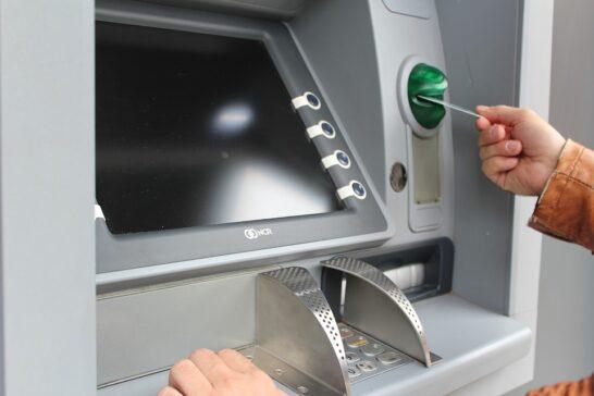 Prelievo col bancomat e nuove commissioni, UNC: sarebbe un sopruso