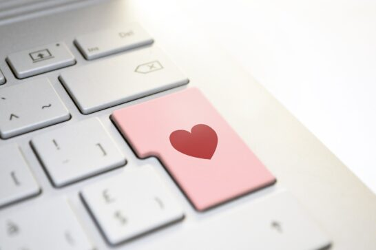 Dating online, Federprivacy: allerta privacy nel weekend di San Valentino